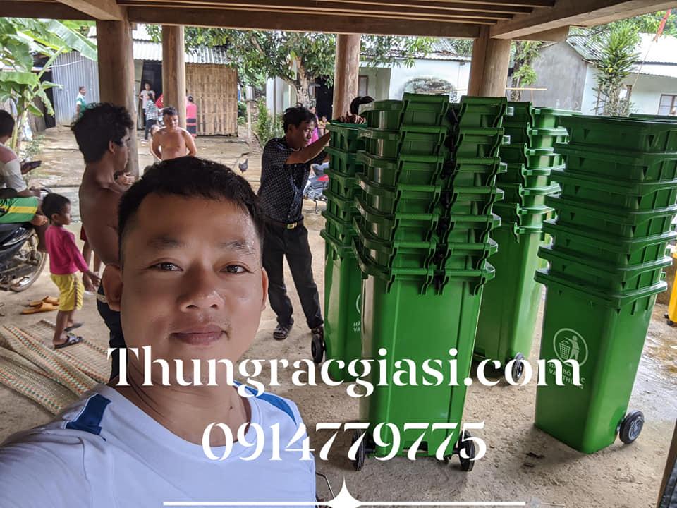 Thùng rác Gia Huy tại Đông Giang